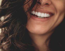 Güzel Gülümsemek Önemli midir?